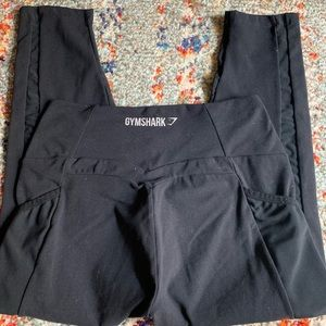 Black GYMSHARK Dreamy Crop size small